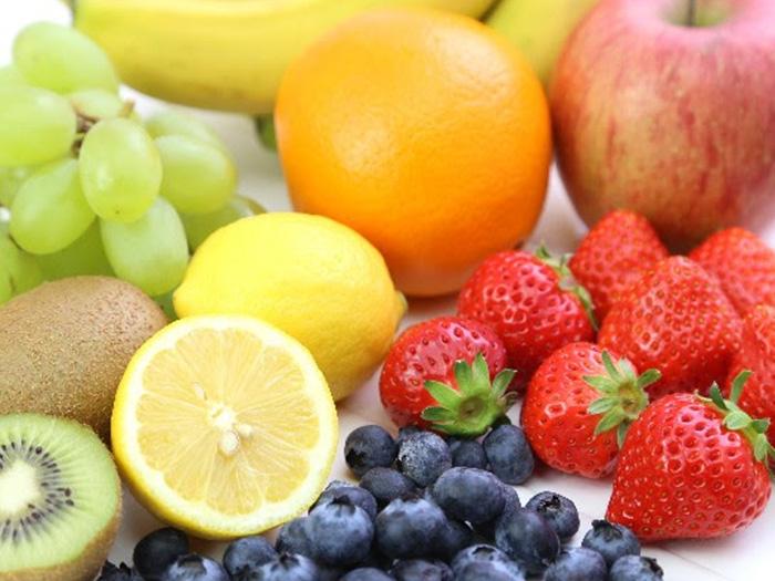 美味しそうな果物が並んでいる